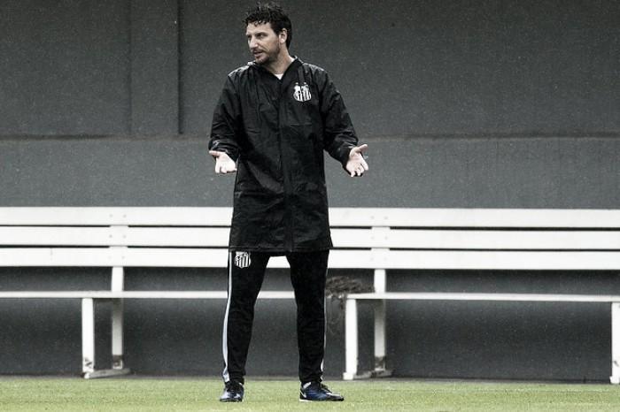 Com Kayke, Elano prepara Santos para enfrentar Avaí