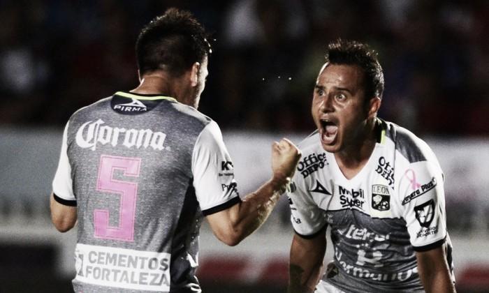 León remonta ante Veracruz y pelea por la Liguilla