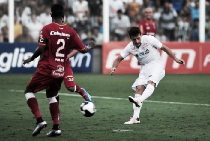 Dificuldade no primeiro confronto é alerta para Santos nas finais do Paulistão