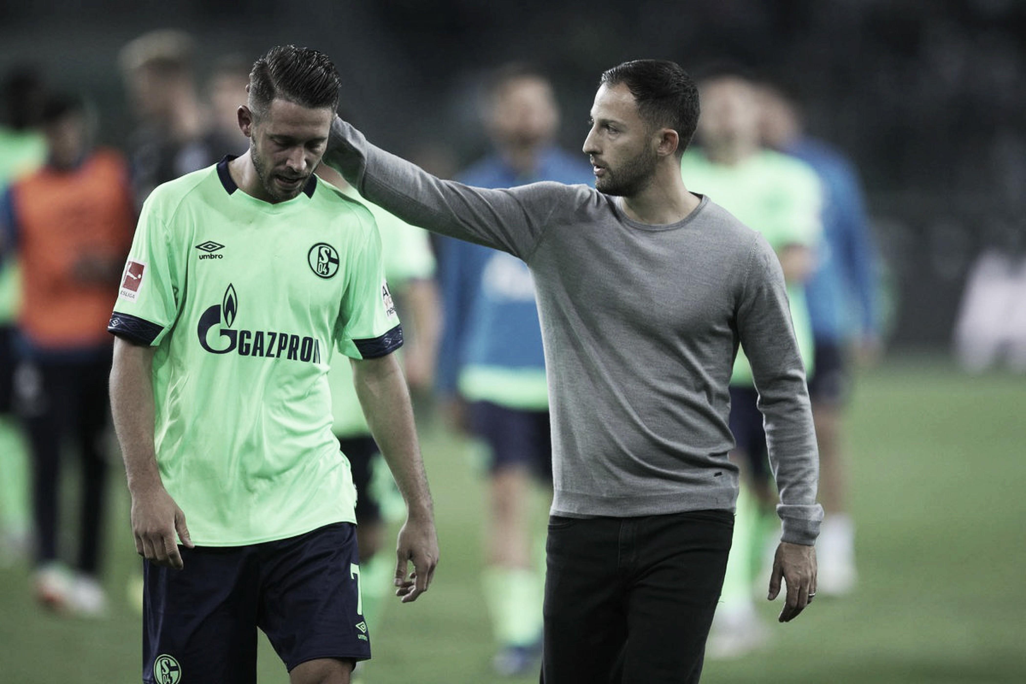"""Após derrota, Tedesco vê melhora no Schalke 04, mas alerta: """"Precisamos voltar aos trilhos logo"""""""