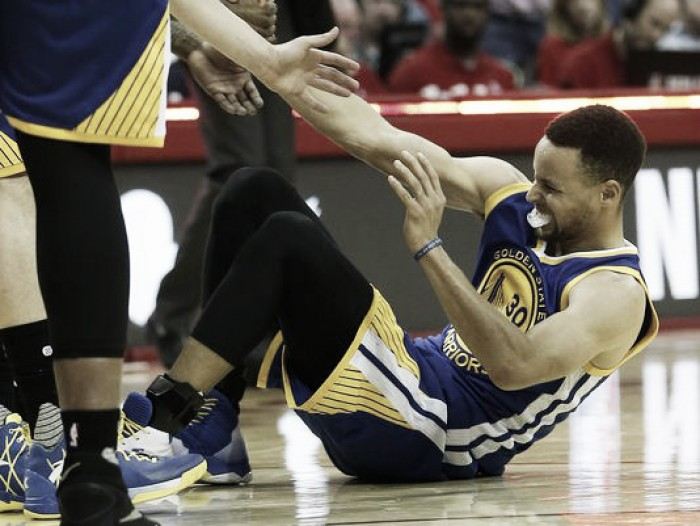 Stephen Curry out for at least two weeks with Grade One MCL sprain
