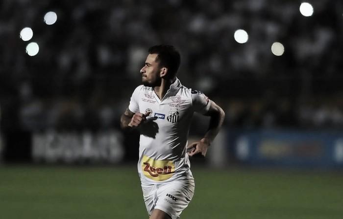Com gol-relâmpago e pintura de Lucas Lima, Santos vence 'clássico da paz' com São Paulo e entra no G-4