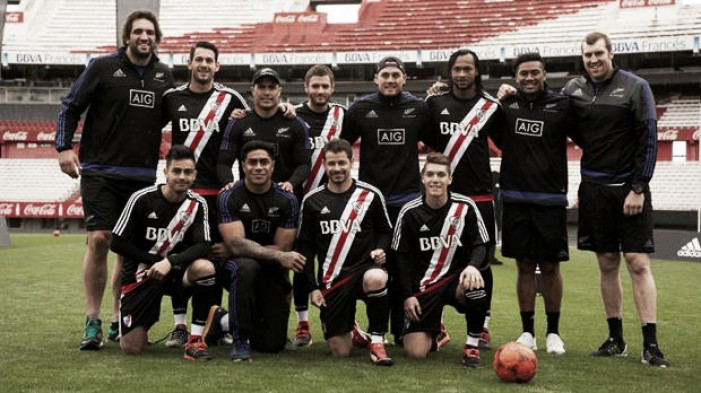 Los All Blacks visitaron el Monumental