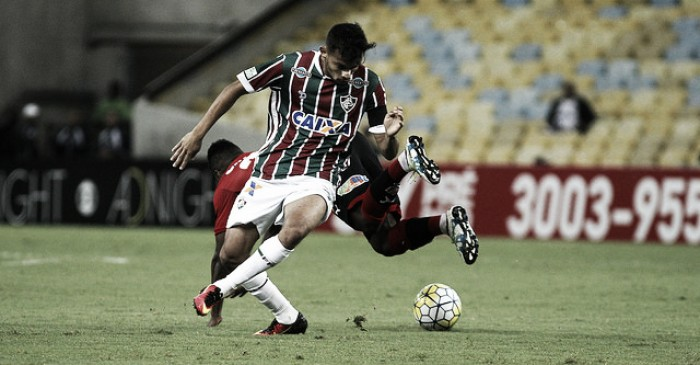 """Scarpa admite frustração com resultado: """"Deixamos o Vitória jogar"""""""