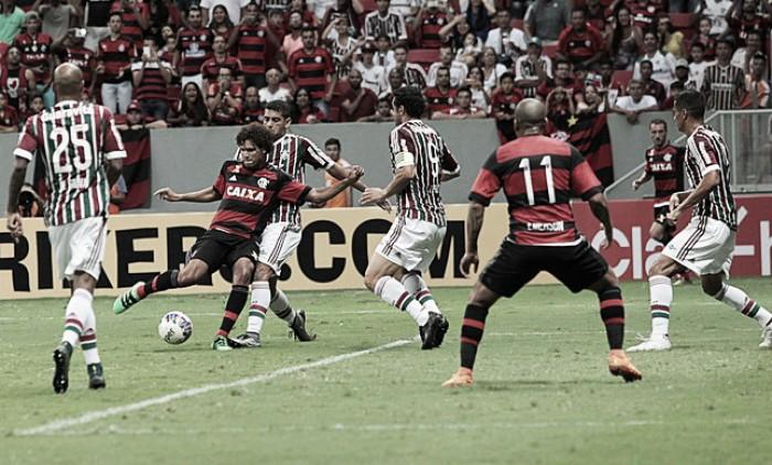 11 contra 11: Flamengo vence Fluminense por vantagem mínima na comparação por escalação