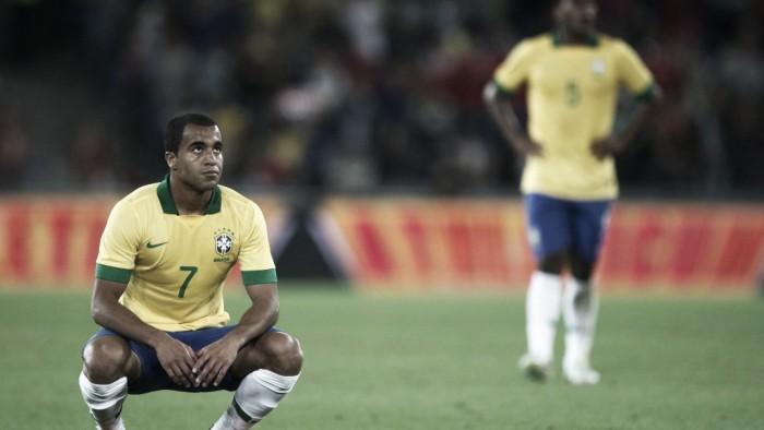 Lucas Moura e Marcelo Grohe são convocados para Copa América nos lugares de Rafinha e Éderson