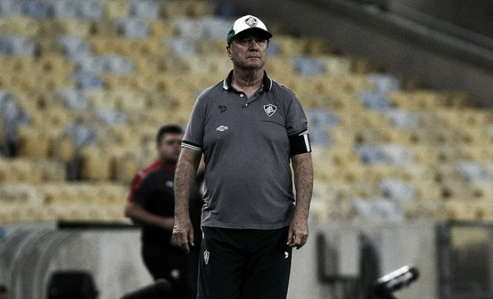 Gritos de 'burro' e pedido por Roger Machado: Levir vive crise com torcida do Fluminense