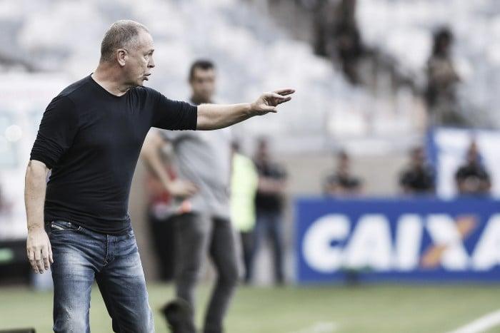 Em jogo adiantado, Cruzeiro perde o técnico Mano Menezes