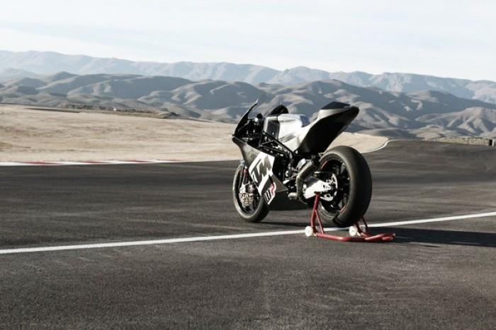 KTM da el salto a Moto2