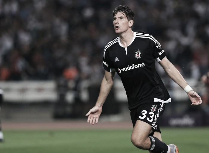 Besiktas seek Gomez loan extension from Fiorentina