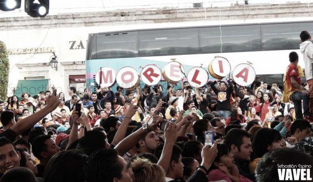 Barra de Monarcas apoya causa social