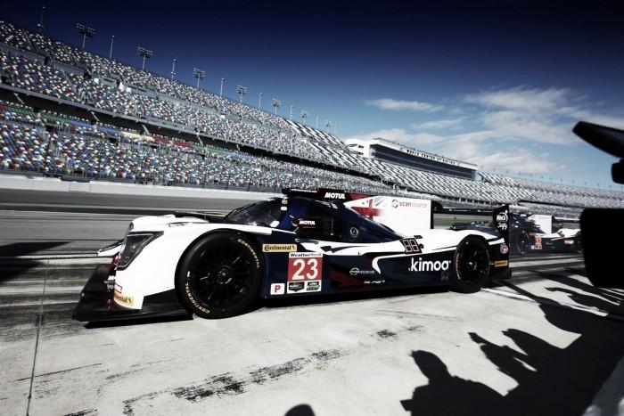 United Autosports, sorprendido con el rendimiento de Alonso