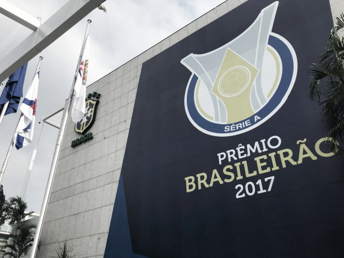 Prêmio Brasileirão homenageia craques e define seleção do Campeonato Brasileiro 2017