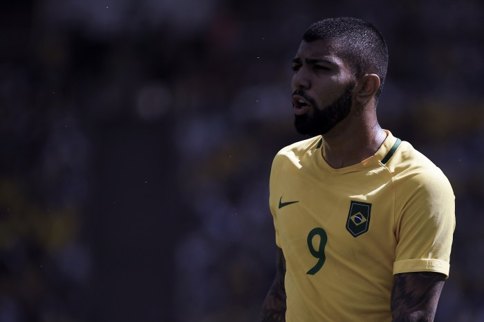 "Gabigol admits he'll ""decide soon"" on his future"