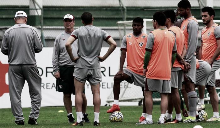 Levir define equipe com apenas uma mudança para enfrentar Atlético-PR