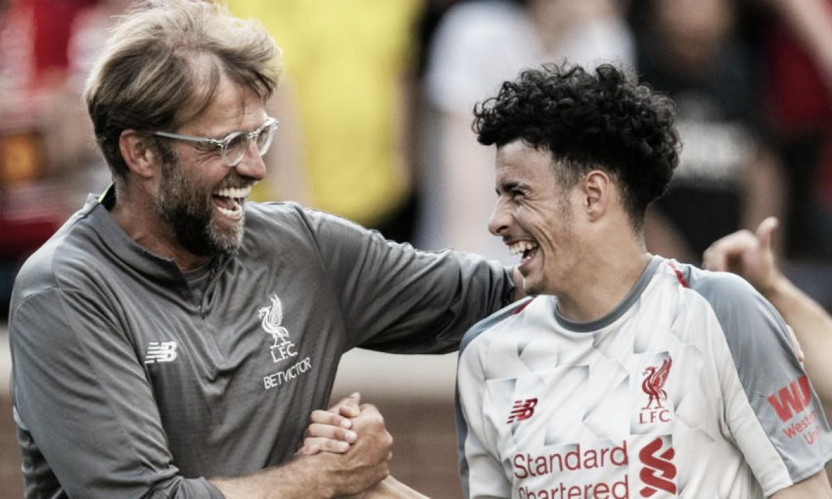Los jóvenes del Liverpool no dan con su sitio