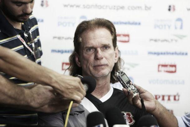"""Sérgio Guedes afirma que seus atletas precisam de confiança: """"Eles são melhores do que pensam"""""""