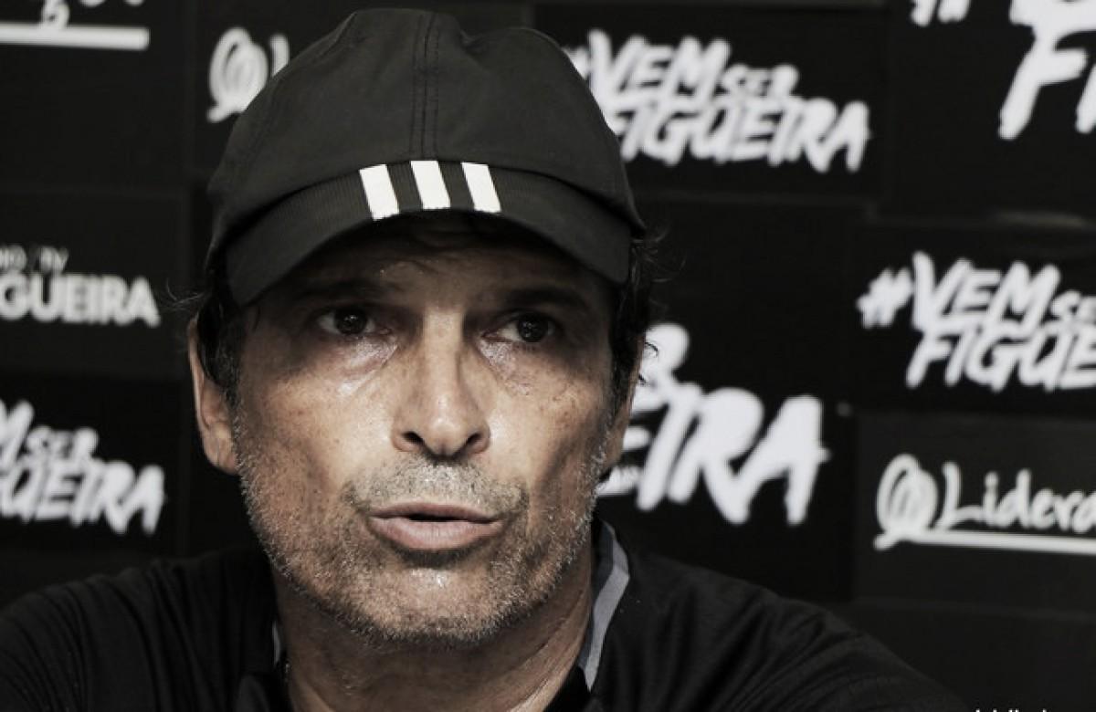 """Milton Cruz destaca ponto garantido pelo Figueirense fora de casa: """"Subimos mais um degrau"""""""