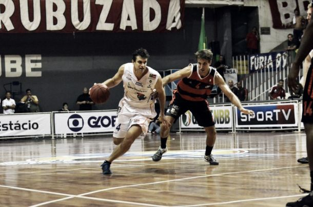 Lins Basquete fecha parceria com Basquete Cearense