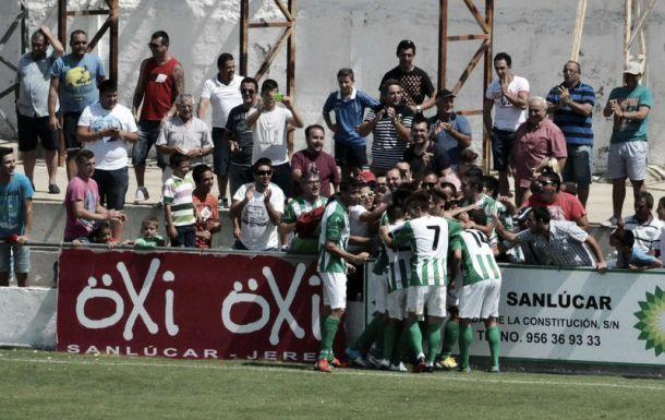 El Atlético Sanluqueño se resiste a morir