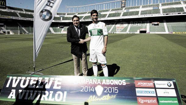 """Adrián: """"El Elche es un club que se asemeja a mi forma de ser"""""""