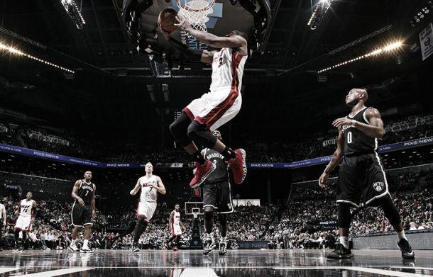 Miami y Wade asaltan Brooklyn