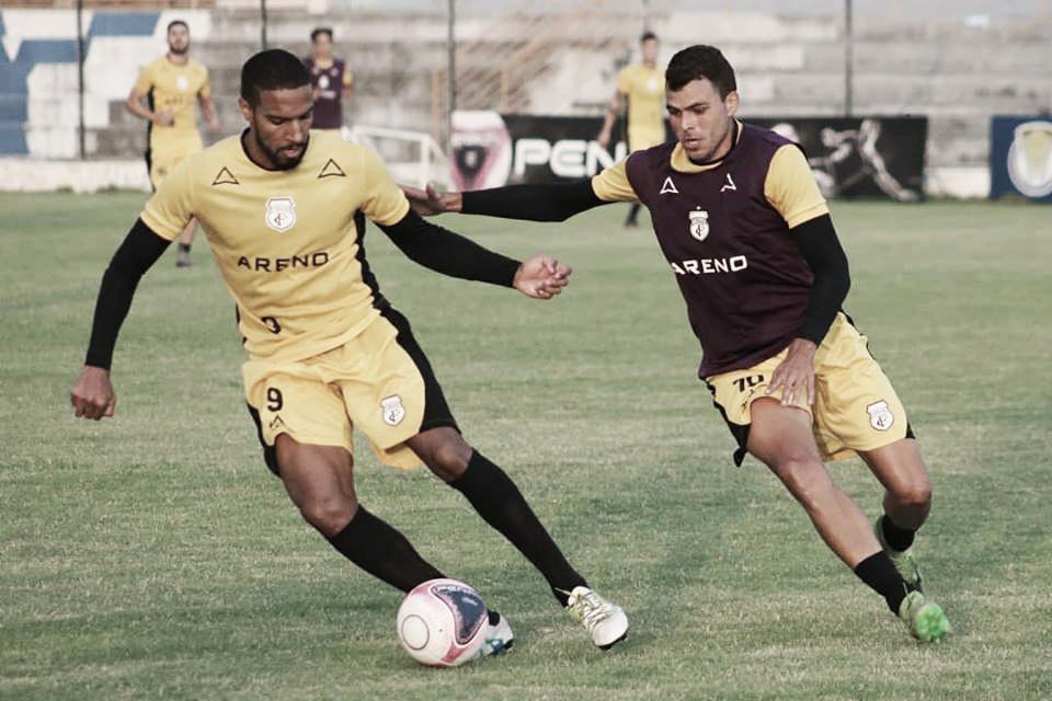 Maurílio Silva define time do Treze para enfrentar o Esporte-PB