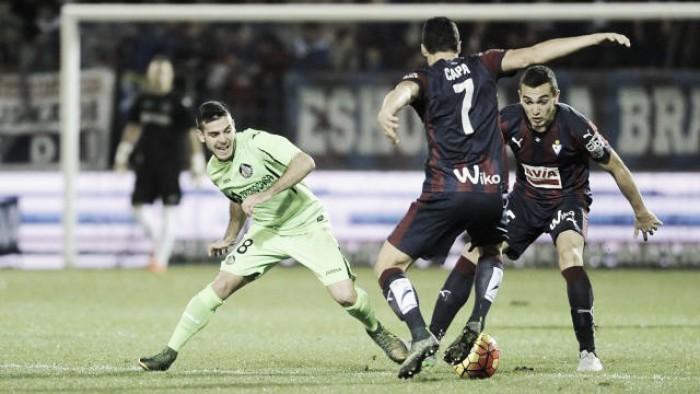 Getafe y Eibar, el gol los hará libres