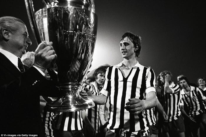 El estandarte del mejor Ajax de la historia