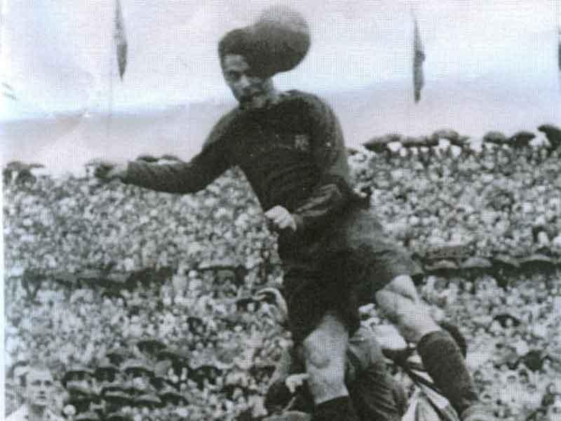Serial Clásicos Real Madrid - F. C Barcelona en Copa: 1925/26 - Samitier resucitó al Barcelona a costa del eterno rival