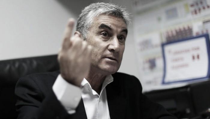 """Oblitas: """"Solamente se les permitirá salida a los que jugarán la final del Torneo de Verano"""""""
