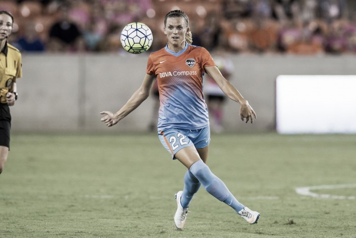 Houston Dash waive Stephanie Ochs