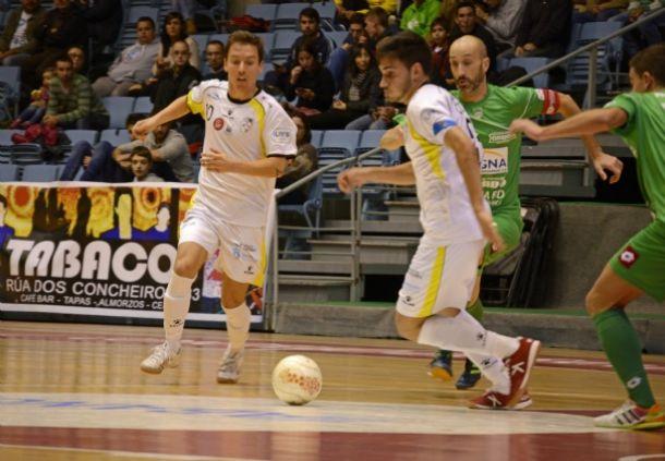 Santiago Futsal pasa a cuartos de final de la Copa del Rey tras la tanda de penaltis