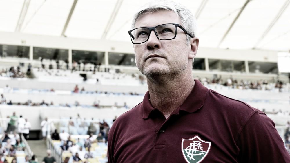 Odair Hellmann elogia manifesto publicado pelos jogadores do Fluminense
