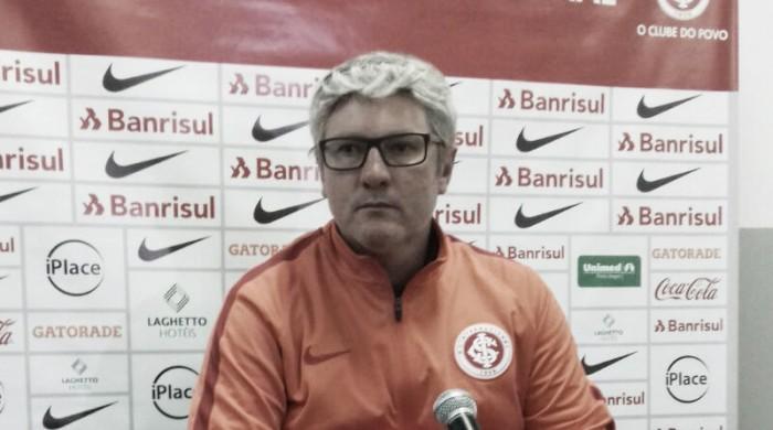 Internacional anuncia efetivação de Odair Hellmann como treinador para 2018