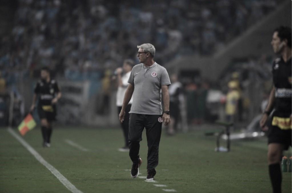 """Odair Hellmann ressalta equilíbrio na final do Gauchão: """"Decisão disputada"""""""