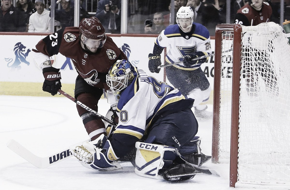 Arizona Coyotes dominate St. Louis Blues