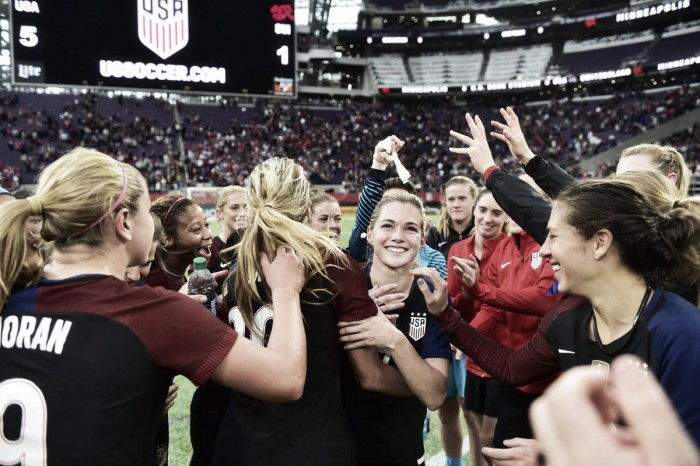 Lloyd scores twice, US women beat Switzerland 4-1
