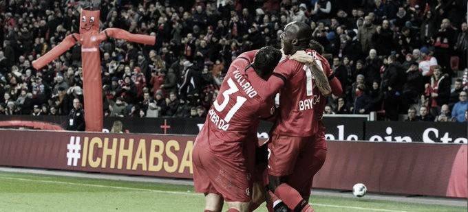 Bayer Leverkusen vence Düsseldorf em casa e sobe na tabela da Bundesliga
