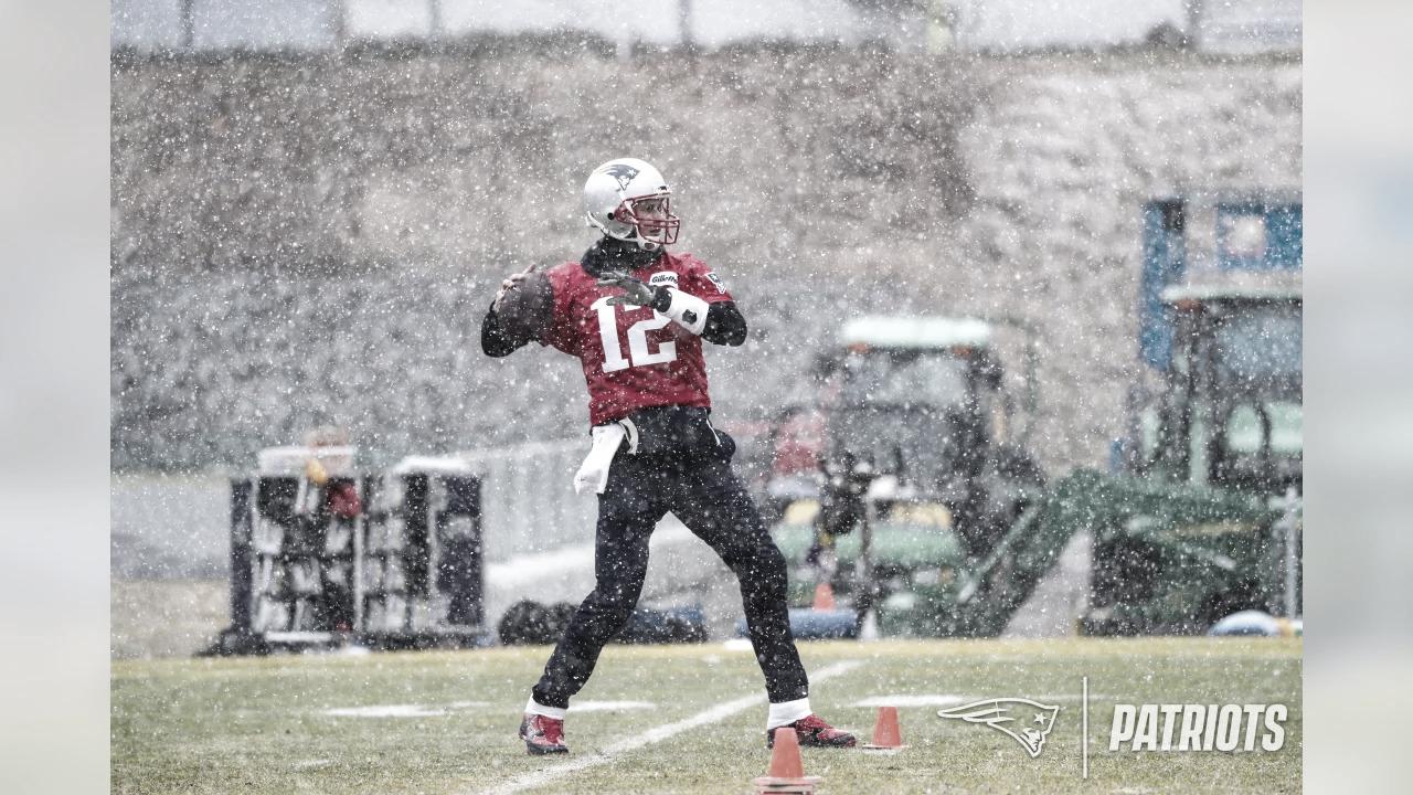 Tom Brady chega a acordo e será quarterback titular do Tampa Bay Buccaneers