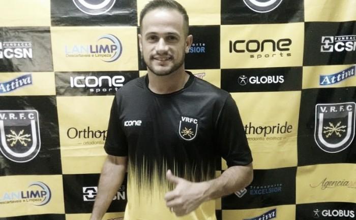 Volta Redonda confirma rumores e anuncia atacante Pipico, ex-Guarani