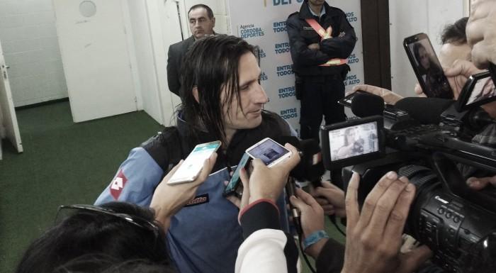 """Juan Carlo Olave: """"Pensé que iba a llegar y no pude pegarle a la pelota"""""""