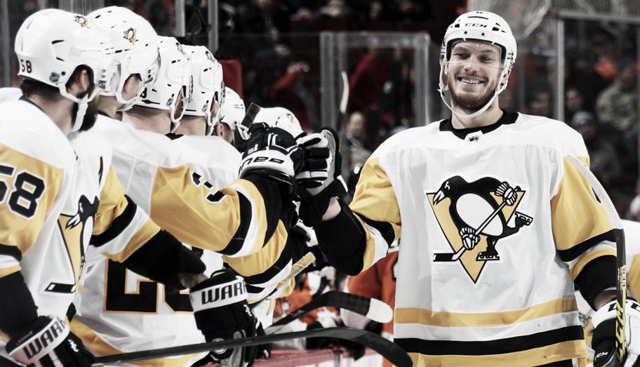 Los Penguins traspasan a Oleksiak a Dallas Stars