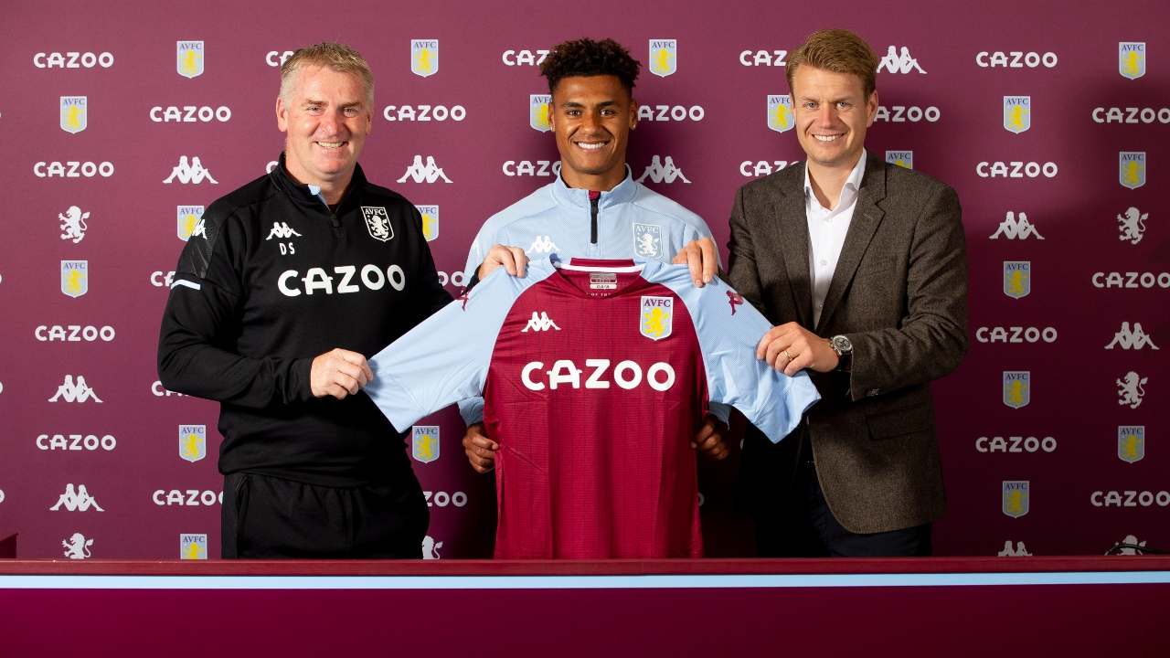 Aston Villa sign Ollie Watkins