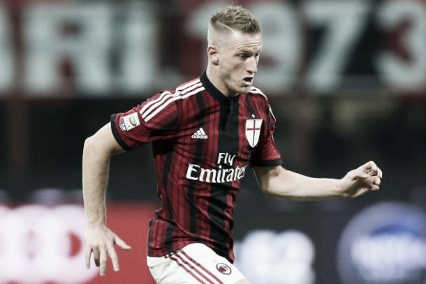 Milan, si ferma anche Abate