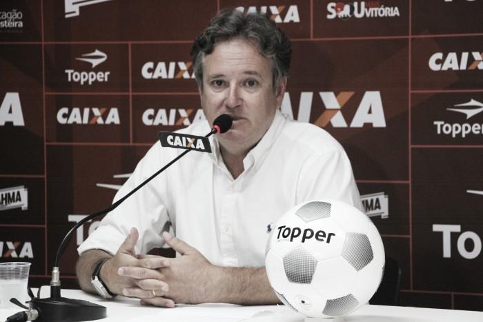 Diretor de futebol doVitória critica postura do Cruzeiro em tentativa de contratar atacantes