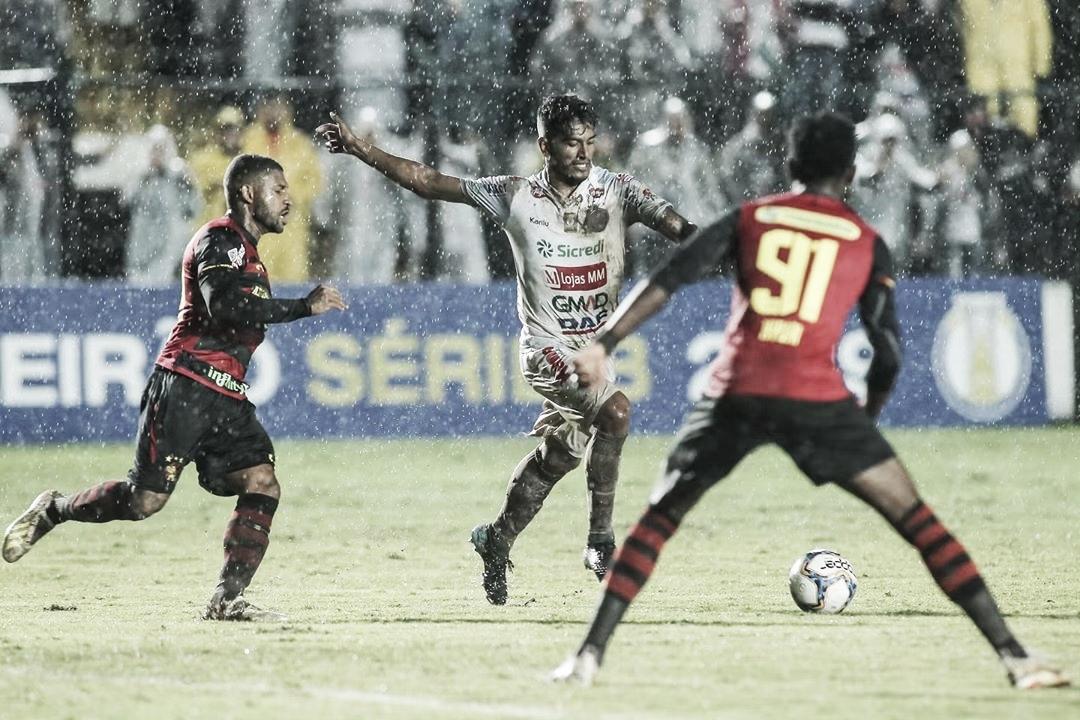 Caiu o último invicto! Em jogo com muita chuva, Operário derrota o Sport pela Série B