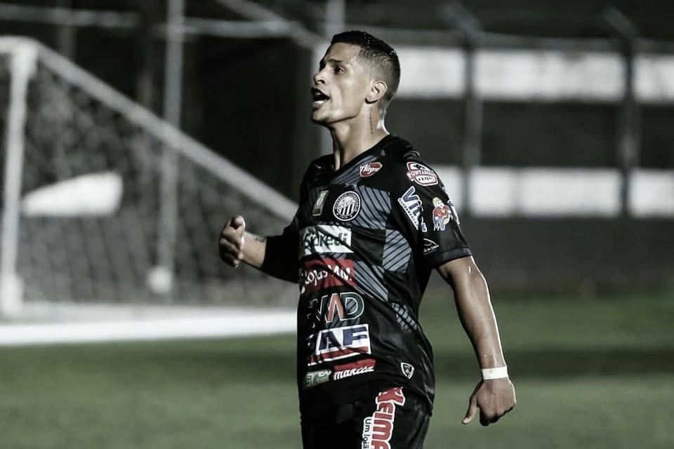Operário bate Criciúma com gol no final e deixa time catarinense no Z-4