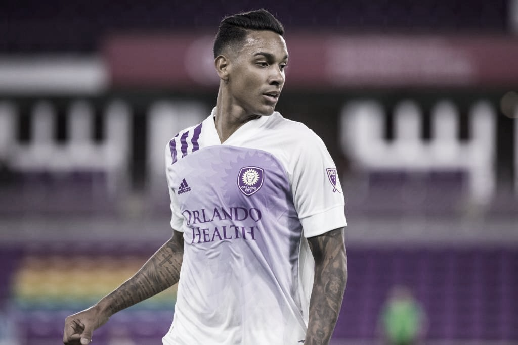 USA on the soccer field #6 - Exclusive: Antonio Carlos, Orlando City defender, reports his adaptation to North American soccer