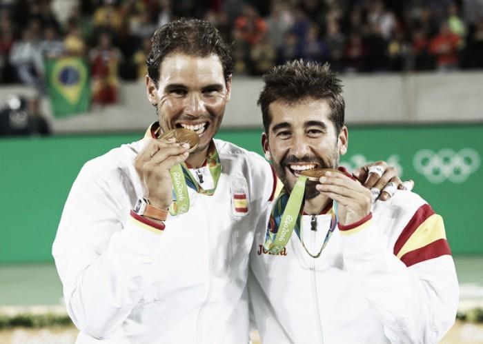 Río se rinde a los pies del dobles español
